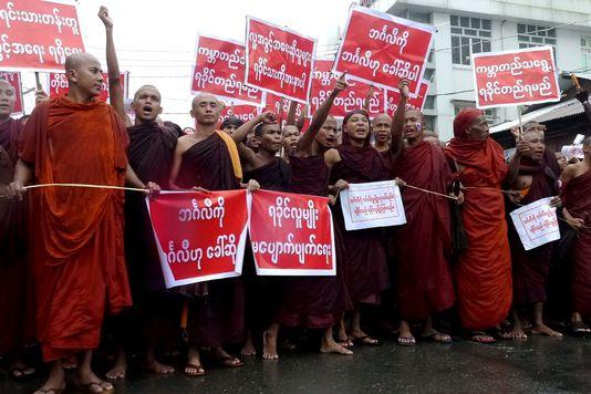 birmanie moines manif anti musulmans