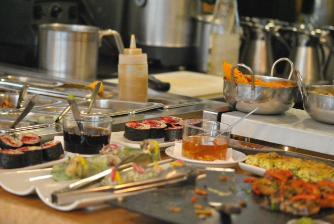 Un petit aperçu du buffet, sans cesse réapprovisionné. Crédits photo : Jennifer Ettori
